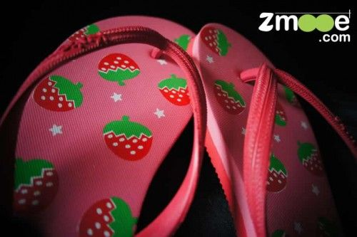 47fb4ad6a Strawberry Printed Wholesale Women Flip-flops in Bulk. Get in touch now -  info zmooe.com