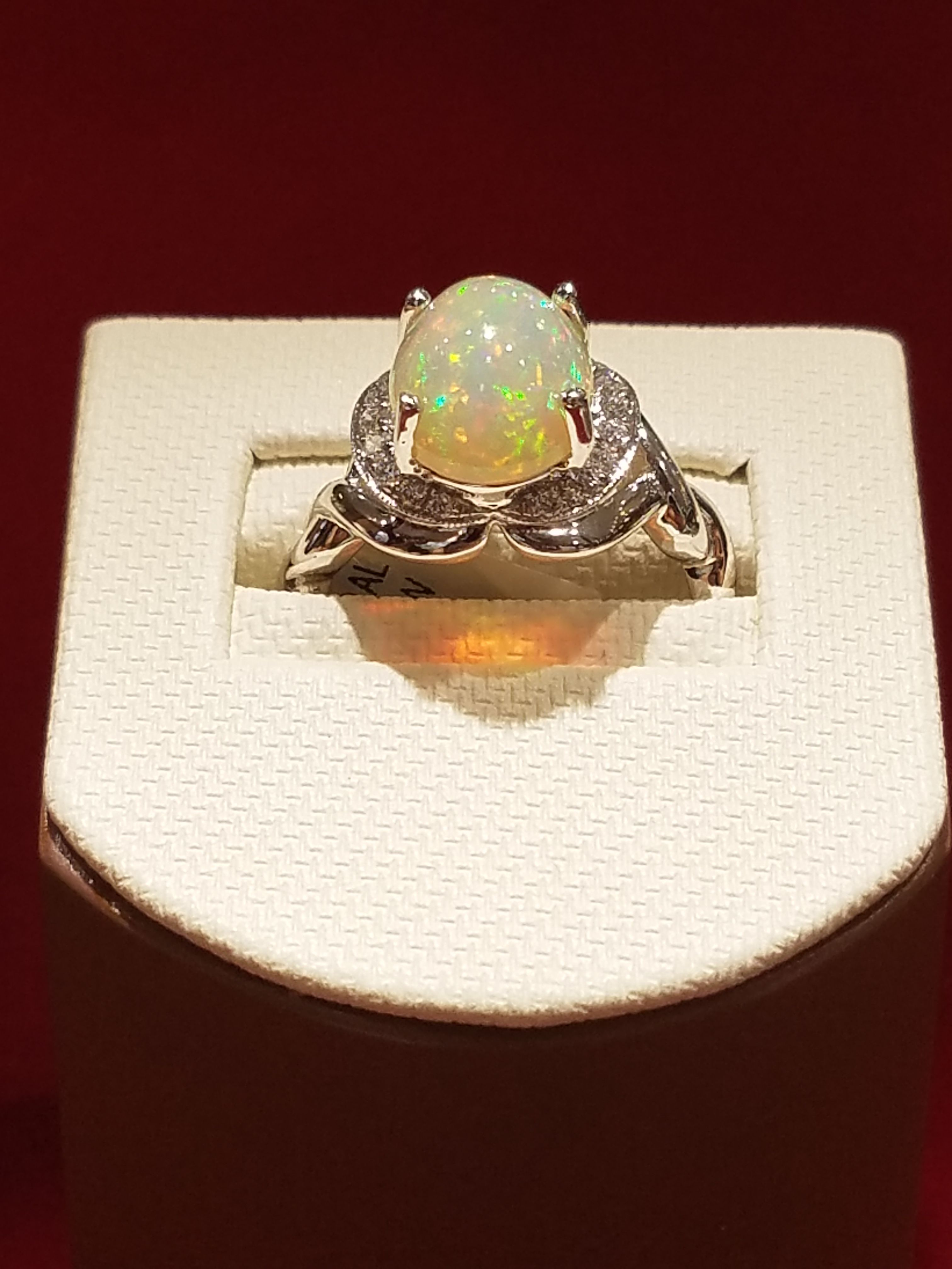 14kt white gold and diamond opal ring