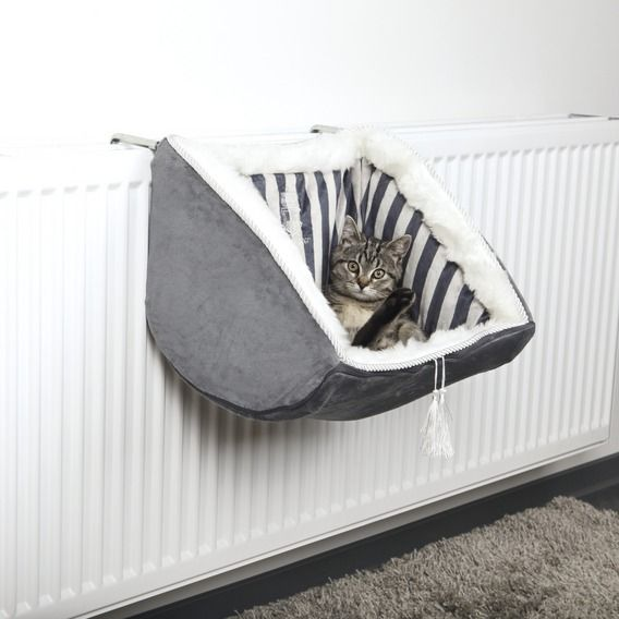 TRIXIE - Cat Beds/Cushions Beds Cat Prince Radiator Bed, Plush