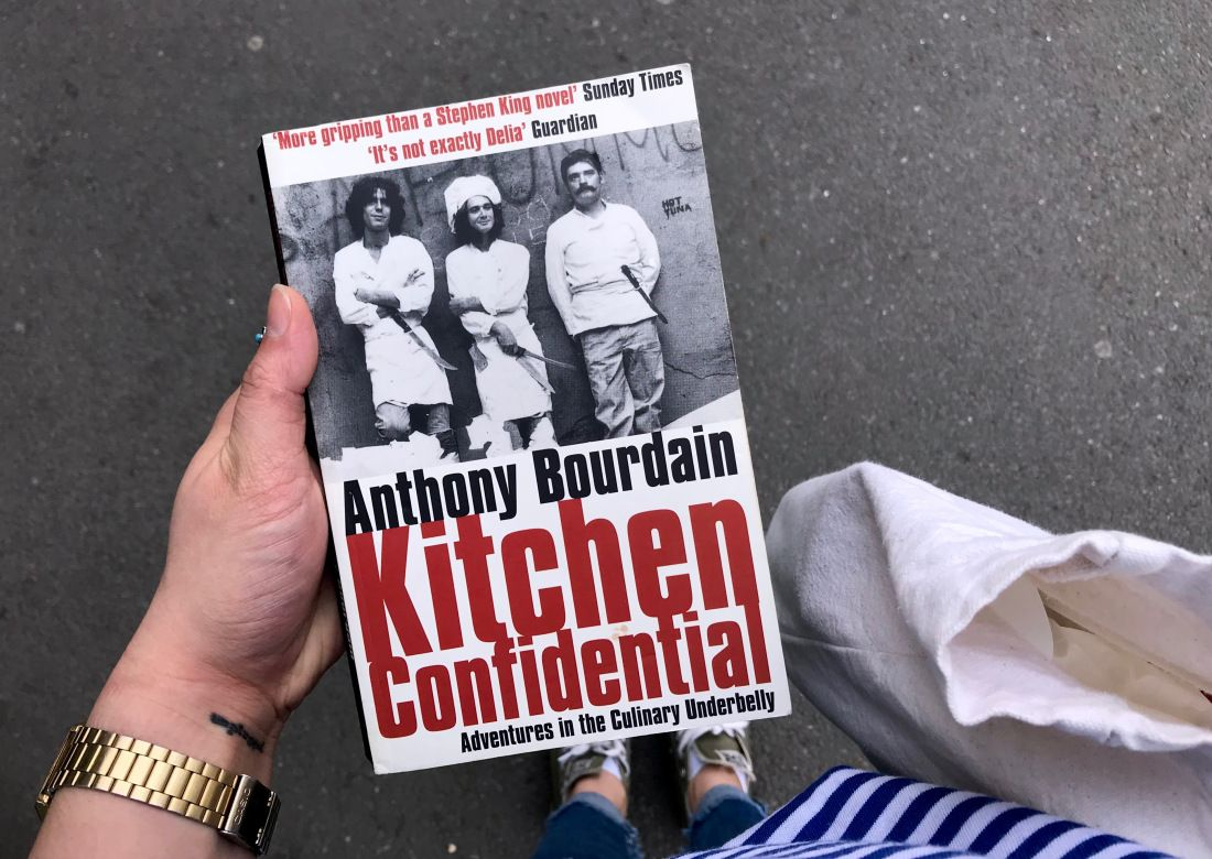 Not Many Books Can Keep You Up All Night This One Will Anthony Bourdain S Kitchen Confidential Adventures Kitchen Confidential Anthony Bourdain Les Halles