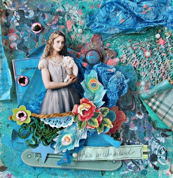 Project - Album Alice in Wonderland # 3 - Scrapbook.com