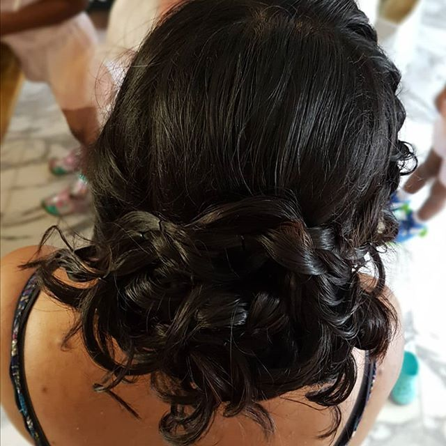 [New] The 10 Best Hairstyle Ideas Today (with Pictures)    M E S S Y U P D O Lo #bridemaidshair