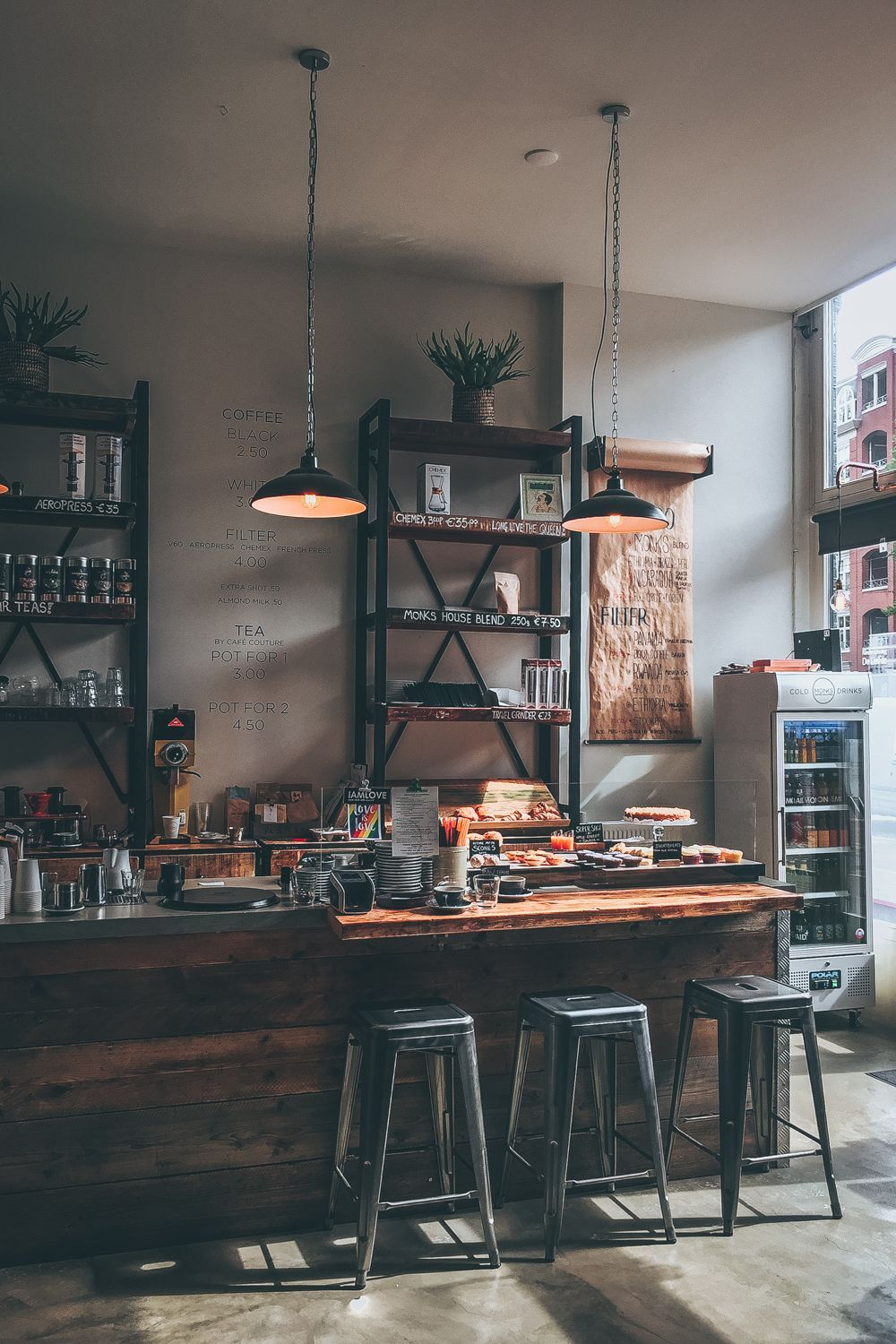Wander Stories Falling Back In Love With Amsterdam And Its Coffee Black White Vivid Coffee Bar Design Industrial Coffee Shop Coffee Shops Interior