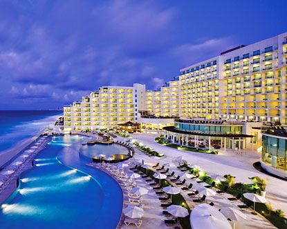 All Inclusive Cancun Palace Located Just 25 Minutes From The Airport