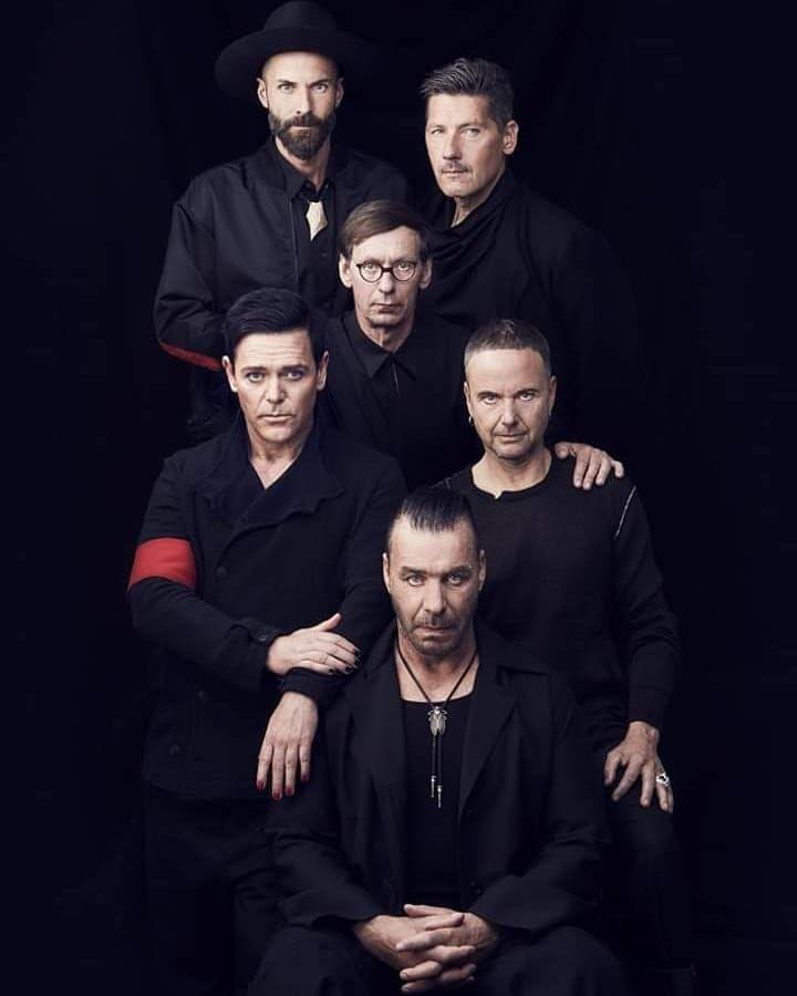 #Rammstein #ChristophSchneider #Drummer #Schlagzeuger #drums #guitarplayer #guitar #gitarrist #singer #keyboardplayer #man #PaulLanders…