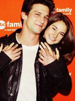 Love this couple RAMY, love this show & Love Daren Kagasoff