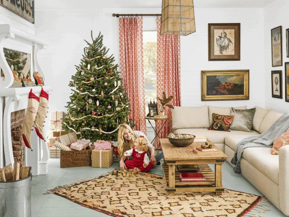 Living Room Christmas Decor For Room Oval Picture Frames 16x20 N Christmas Decorations Living Room Christmas Decorations For The Home Rustic Dining Room Table Christmas decoration in living room