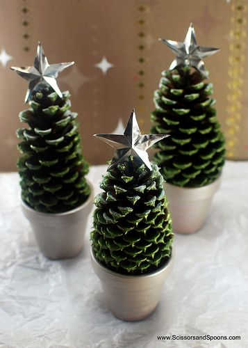 Pine Cone Christmas Trees Scissors And Spoons This Looks Good