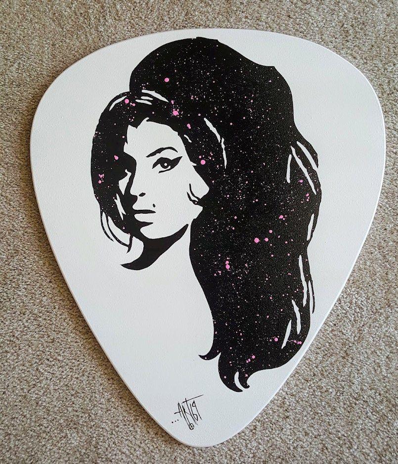 Amy Winehouse Prince Guitar Pick Wall Hanging Wood Wall Etsy Music Wall Art Silhouette Wall Art Wall Hanging