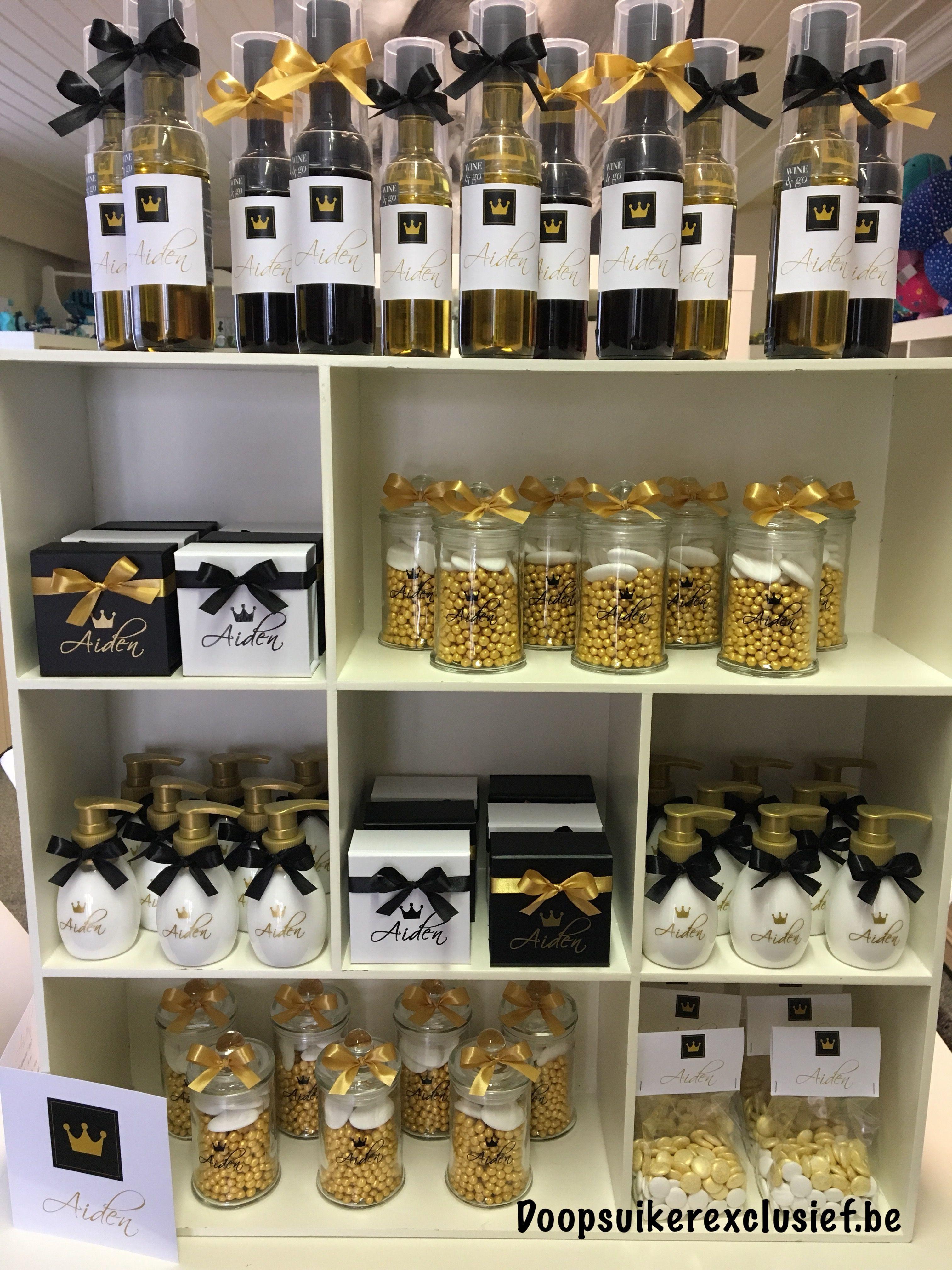 Mooie Combinatie In Goud En Zwart Tinten Doopsuiker
