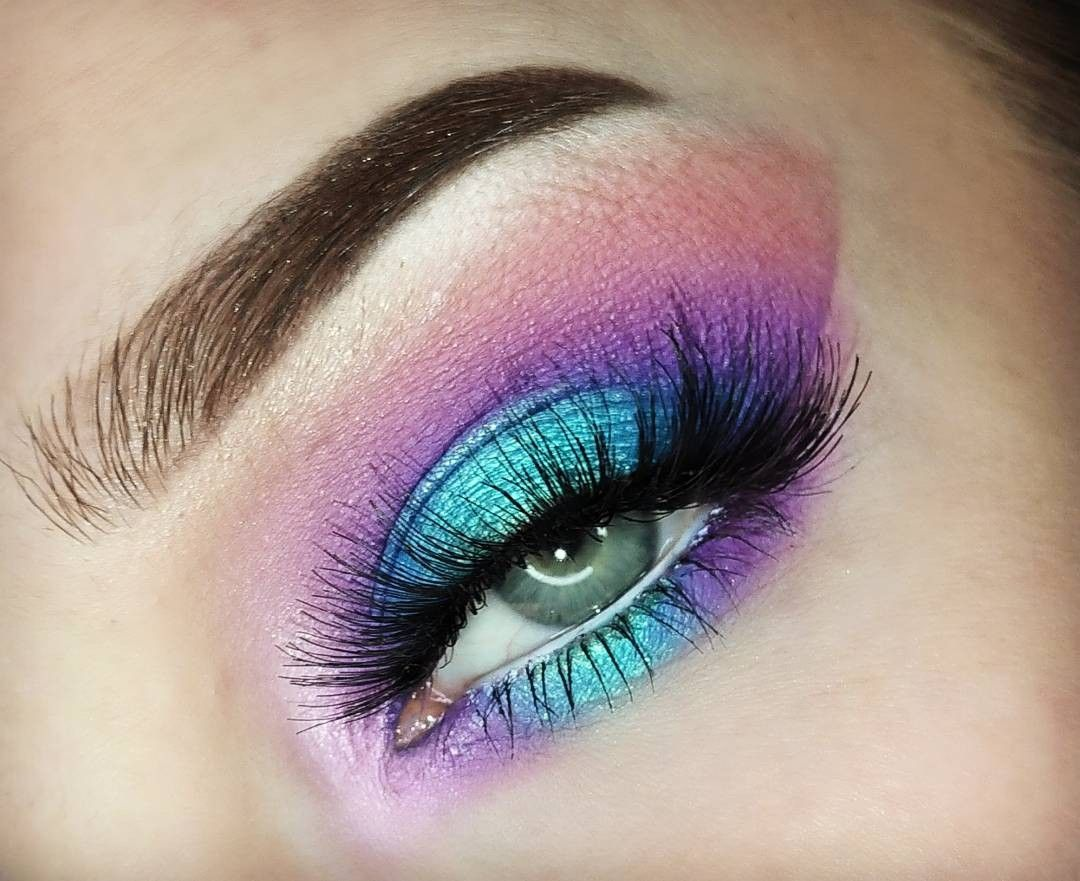 Galaxy Eyeshadow By Yci Makeup Instagram Eyeshadow Looks Galaxy Eyeshadow Galaxy Makeup Makeup