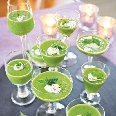 grön ärtsoppa med champagne