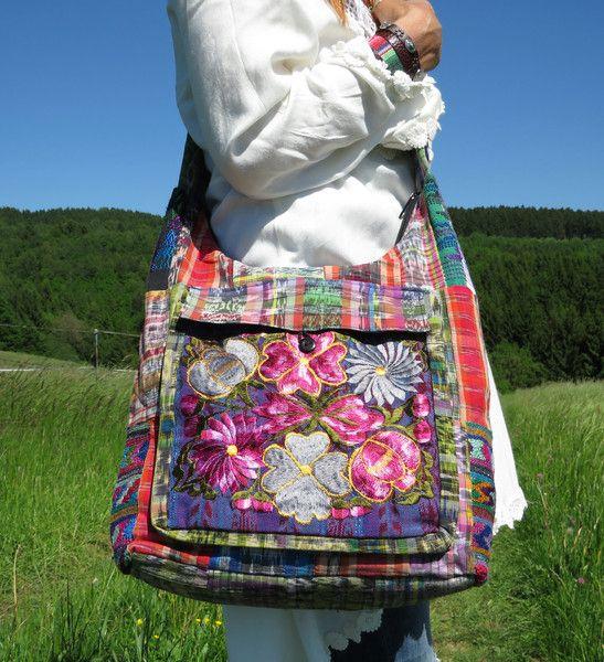 Schultertaschen - *ASHLEY*Hippie Ethno Patch Blumentasche Hobo Bag ...