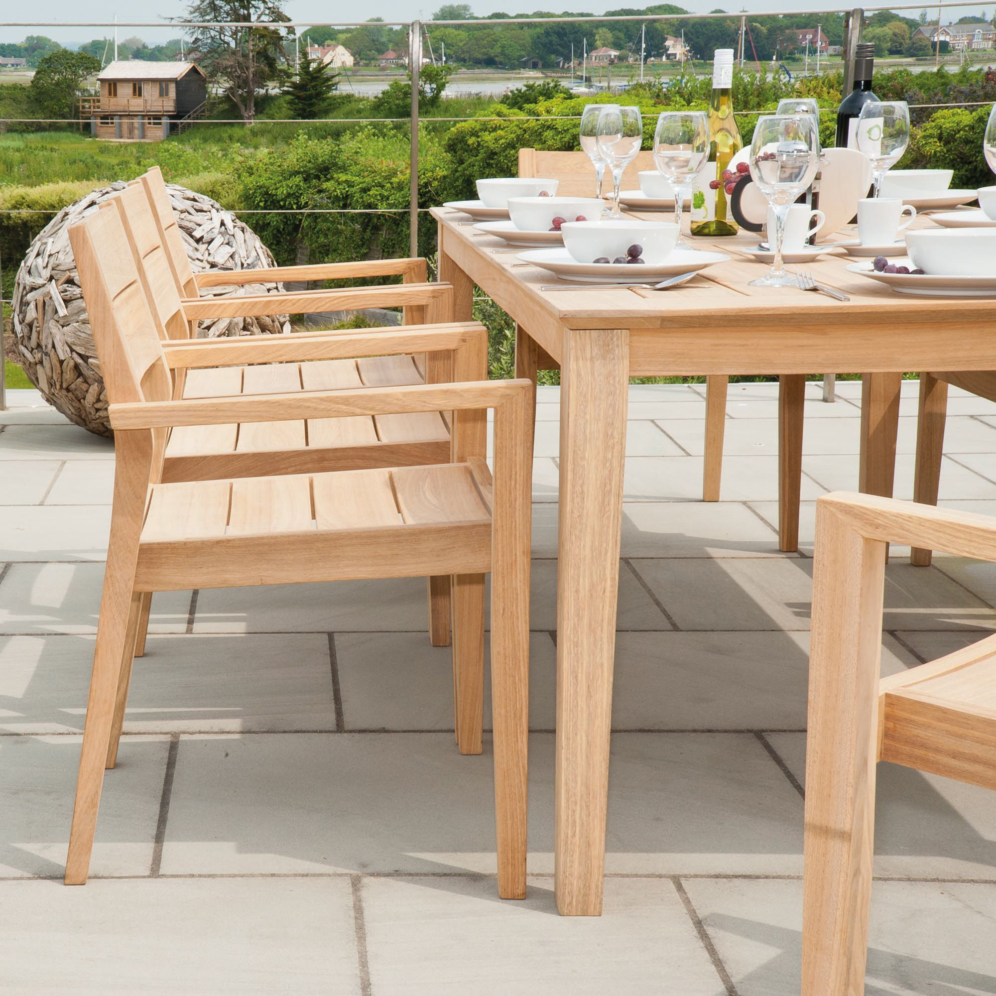 Tivoli in natural Roble wood similar to teak buth with golden