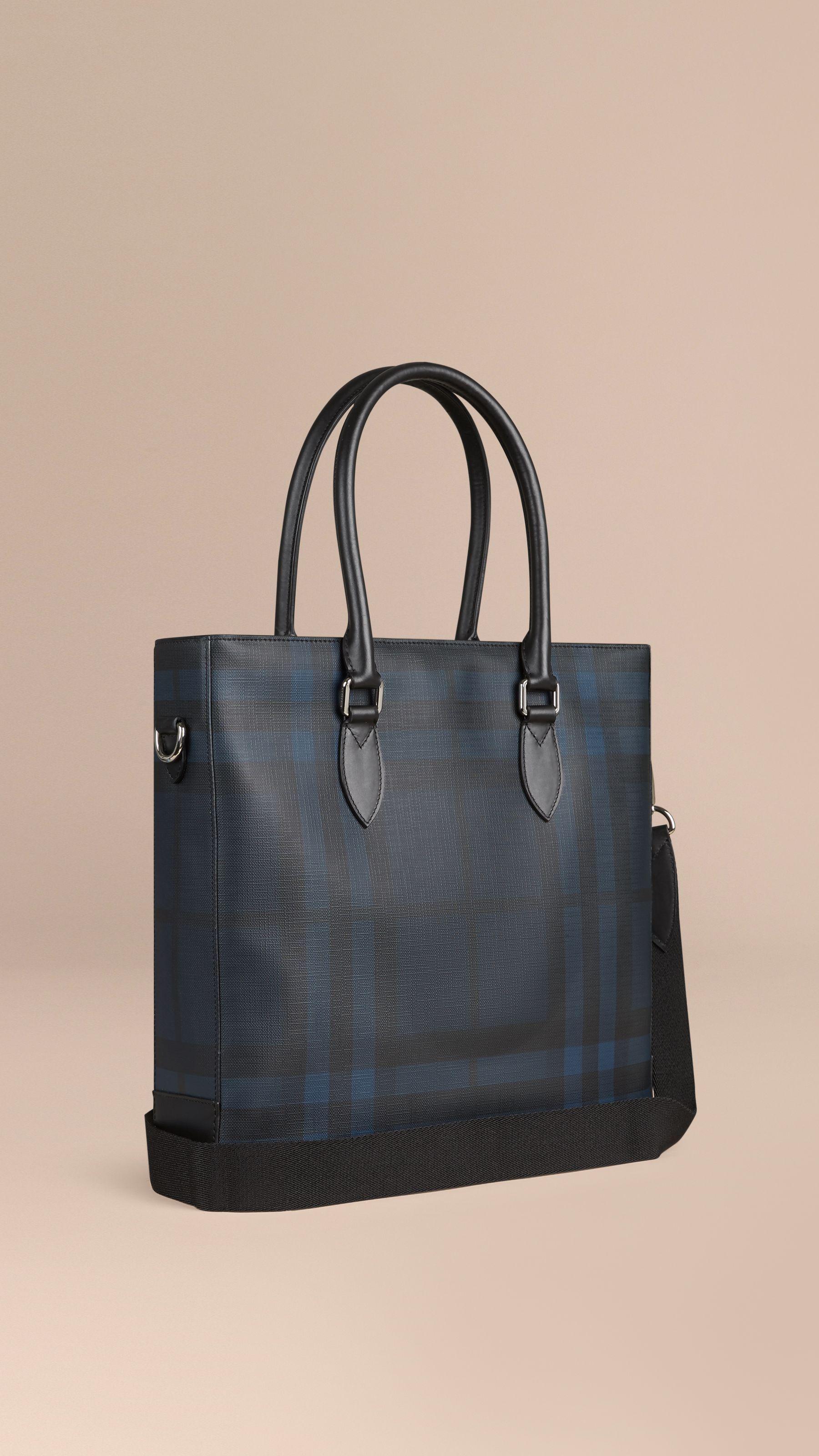 87ec7829d22d London Check Tote Bag in Navy black - Men