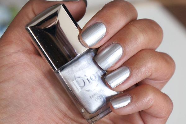 dior in 001 miroir fall 2015 metallic nails
