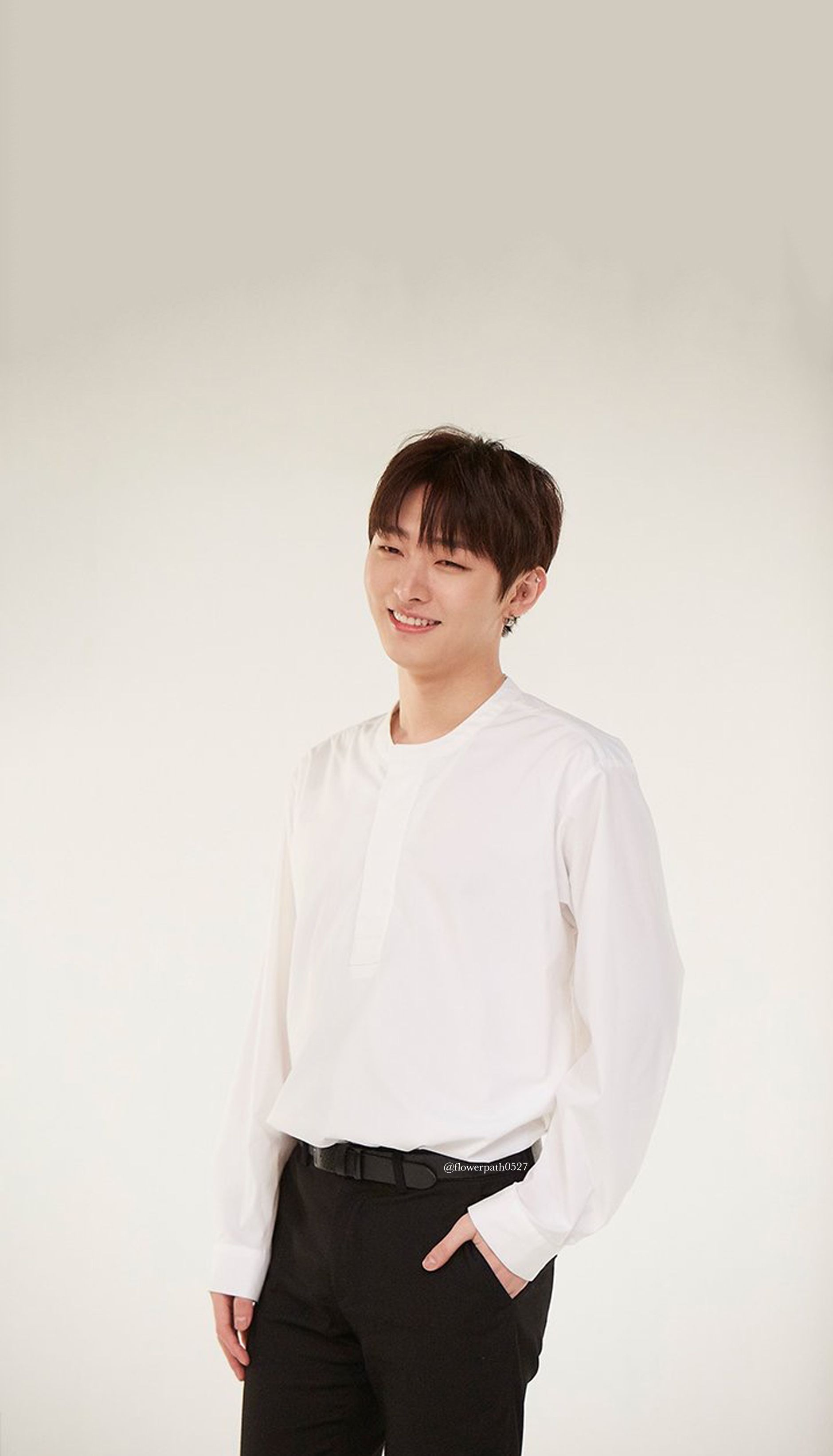 Wanna One X Shinan Bank Yoon Jisung Wallpaper Wanna One Members