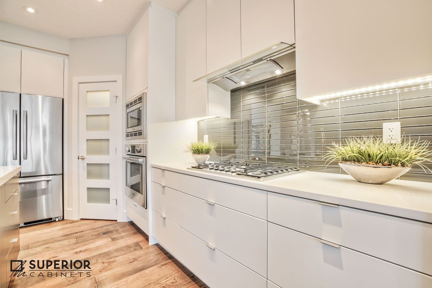 Designer Jasmine Larre Superior Cabinets Calgary Builder Treehouse Developments Calgary Finish Fusion Pro Superior Cabinets Kitchen Design Kitchen Photos