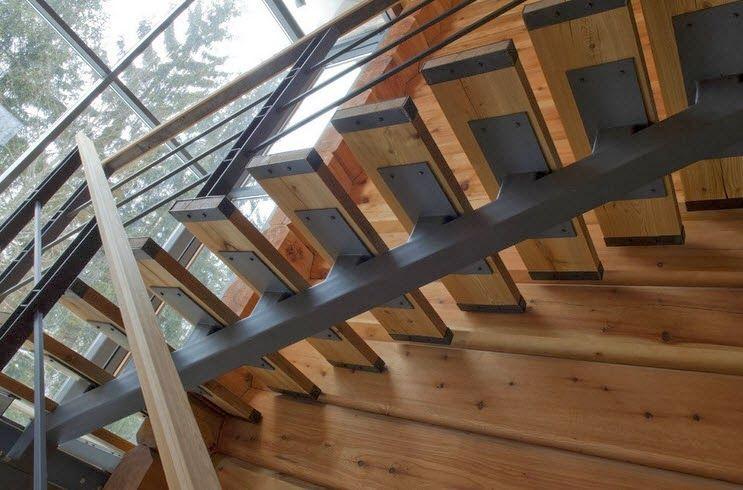 Dise o de casa de madera de tres pisos m s planos fachada for Como hacer escaleras de fierro