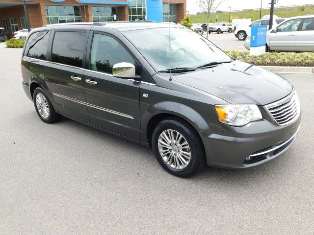 2014 Chrysler Town Country Touring Fwd Trucks Subaru Cars