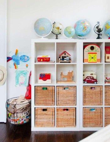 L Etagere Ikea Kallax Avec 8 Casiers Meuble Rangement Jouet Rangement Jouet Ikea Rangement Chambre Enfant