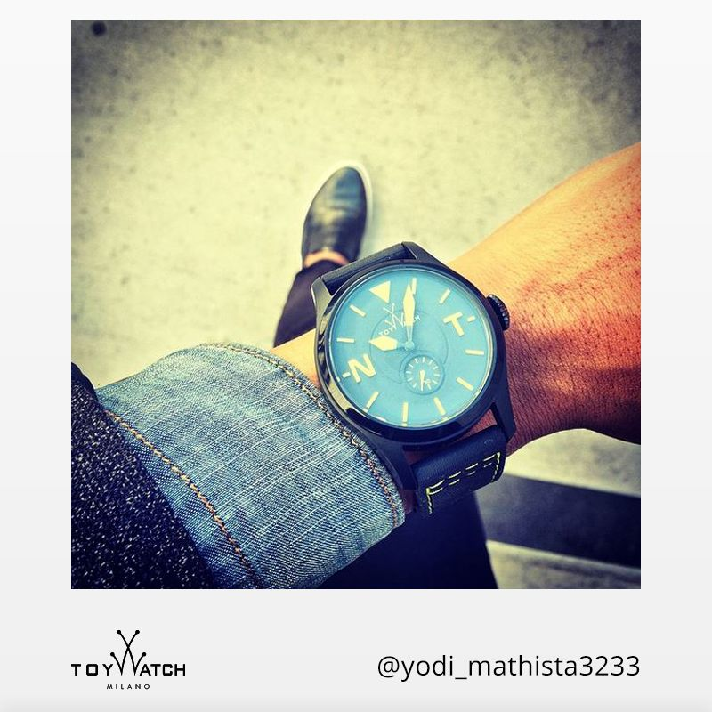 Looking great is always a good reason for being late. Thank you for sharing your coolness!  #TWlove #ToyWatch #Toy2Fly #watch #watches #style #fashion #accessories #menswear #forhim