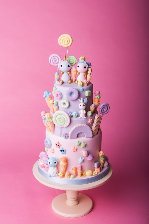 Tiny Sarah's Cakes (With Images)