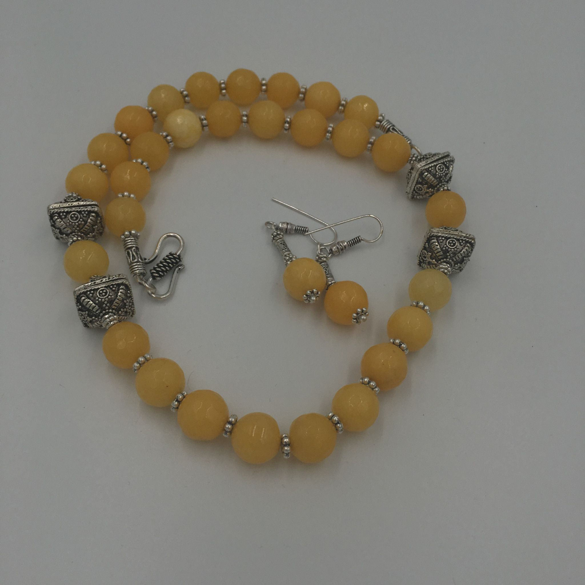 OXD - NN - Yellow Stone necklace
