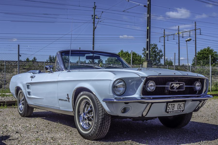 Mustang HDR Sally. by TobiasBergstrm