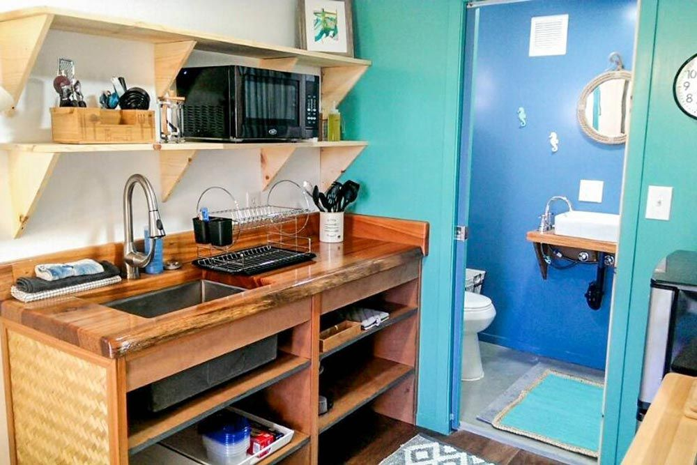 Big Island Container Home Container house, Tiny living, Home