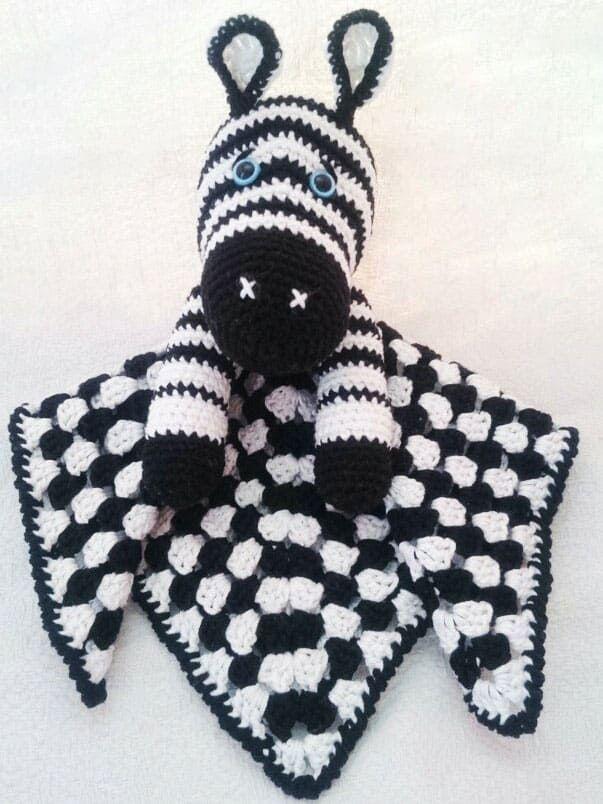 Zebra baby comforter crochet pattern | Crochet zebra ...