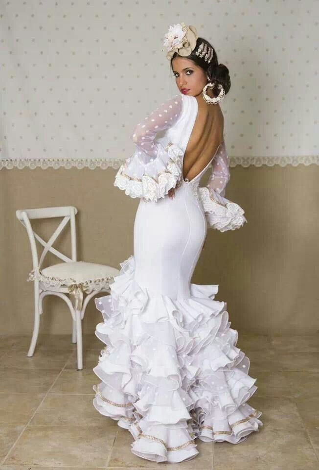 Robes De Flamenco, Robe Espagnol, Des Femmes D Gitanes, Robes De Gitane,  Vêtements De Danse, Robes Originales, Mode Gitane, Tenues De Mariage,  Tenues De