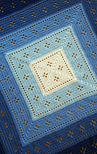 Vintage Vibes Blanket pattern by The Crochet Fix