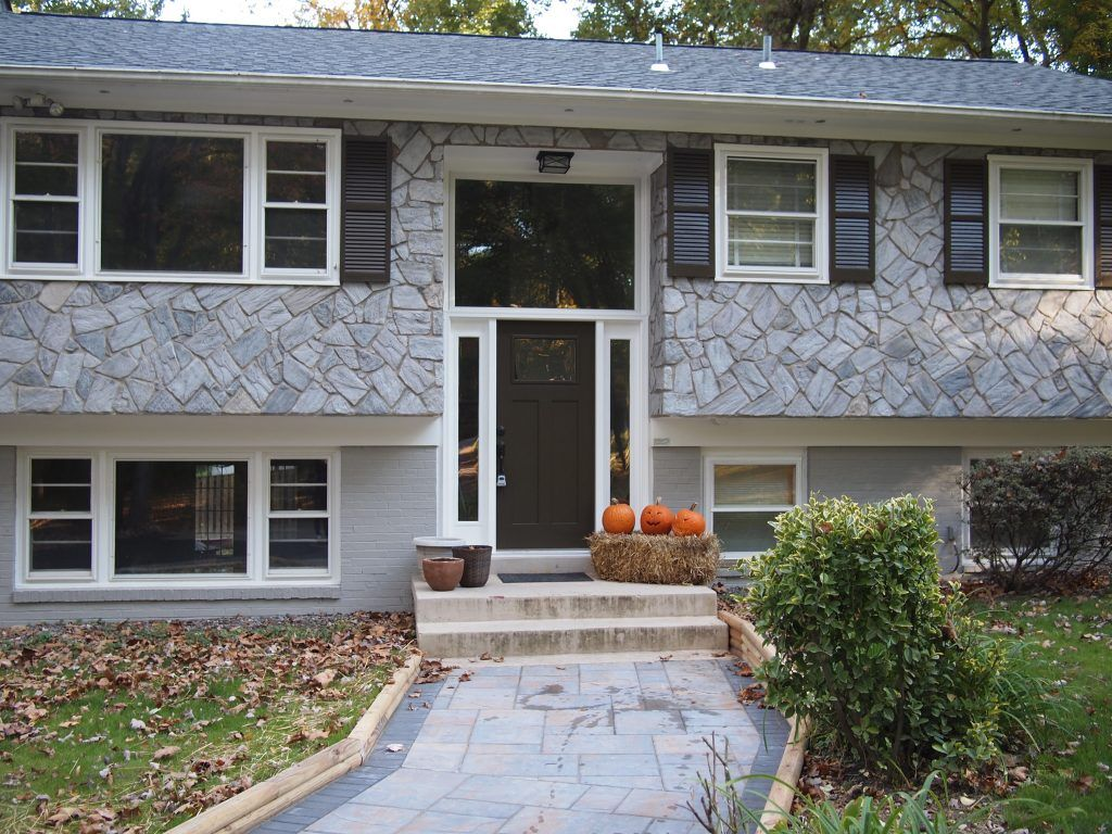 Before After Home Exterior Makeover House Paint Exterior Exterior Stone