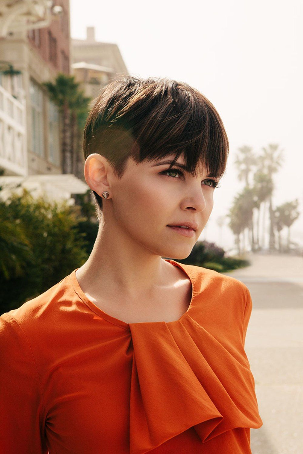 Ginnifer Goodwin With Pixie And A Little Undercut Short Hair Styles For Round Faces Short Hair Styles One Length Haircuts