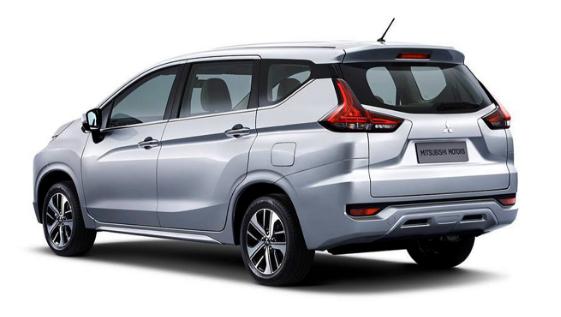 Mitsubishi Expander Terbaru Mobil Motor Kendaraan