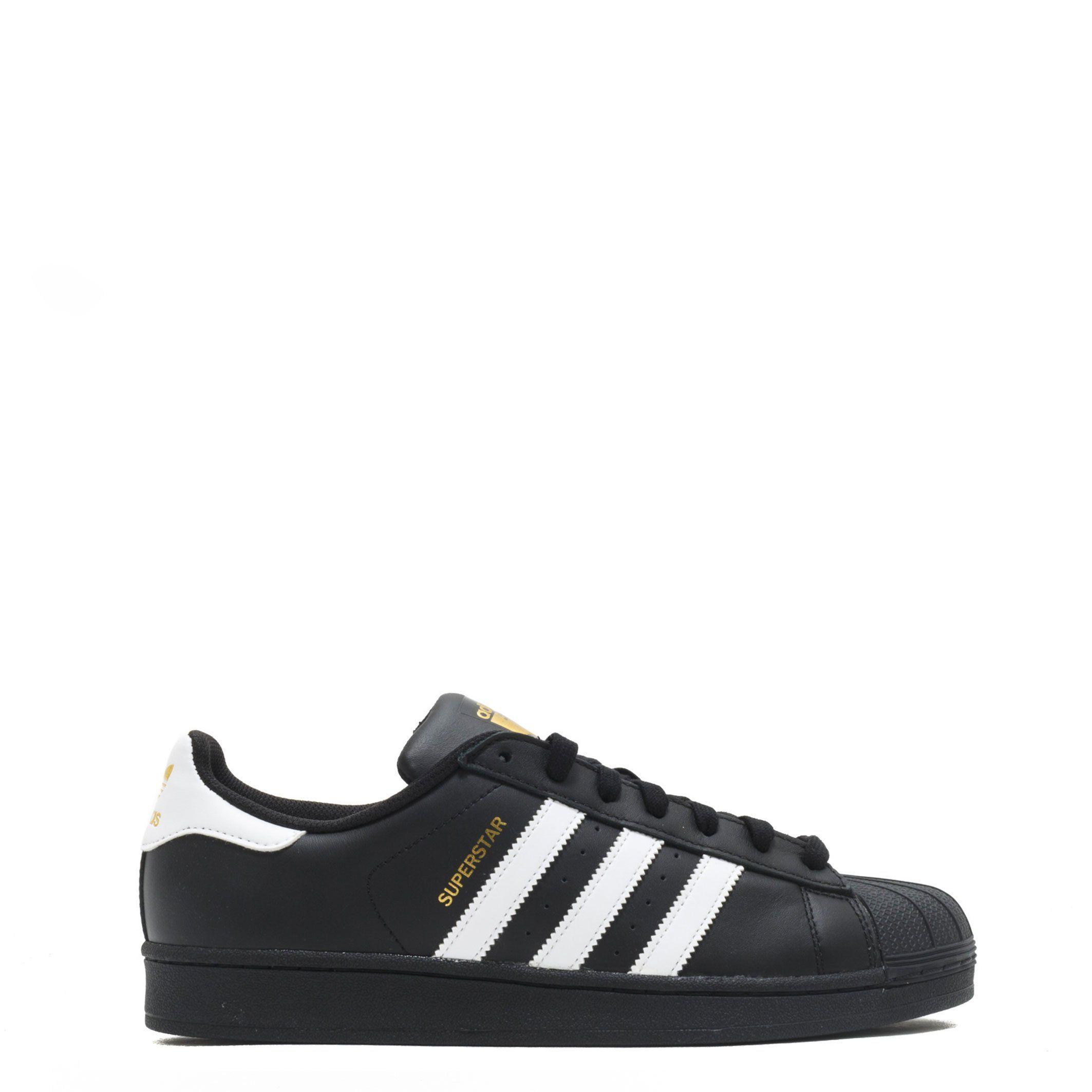 new concept 0869e 8885c Adidas Superstar Black and White