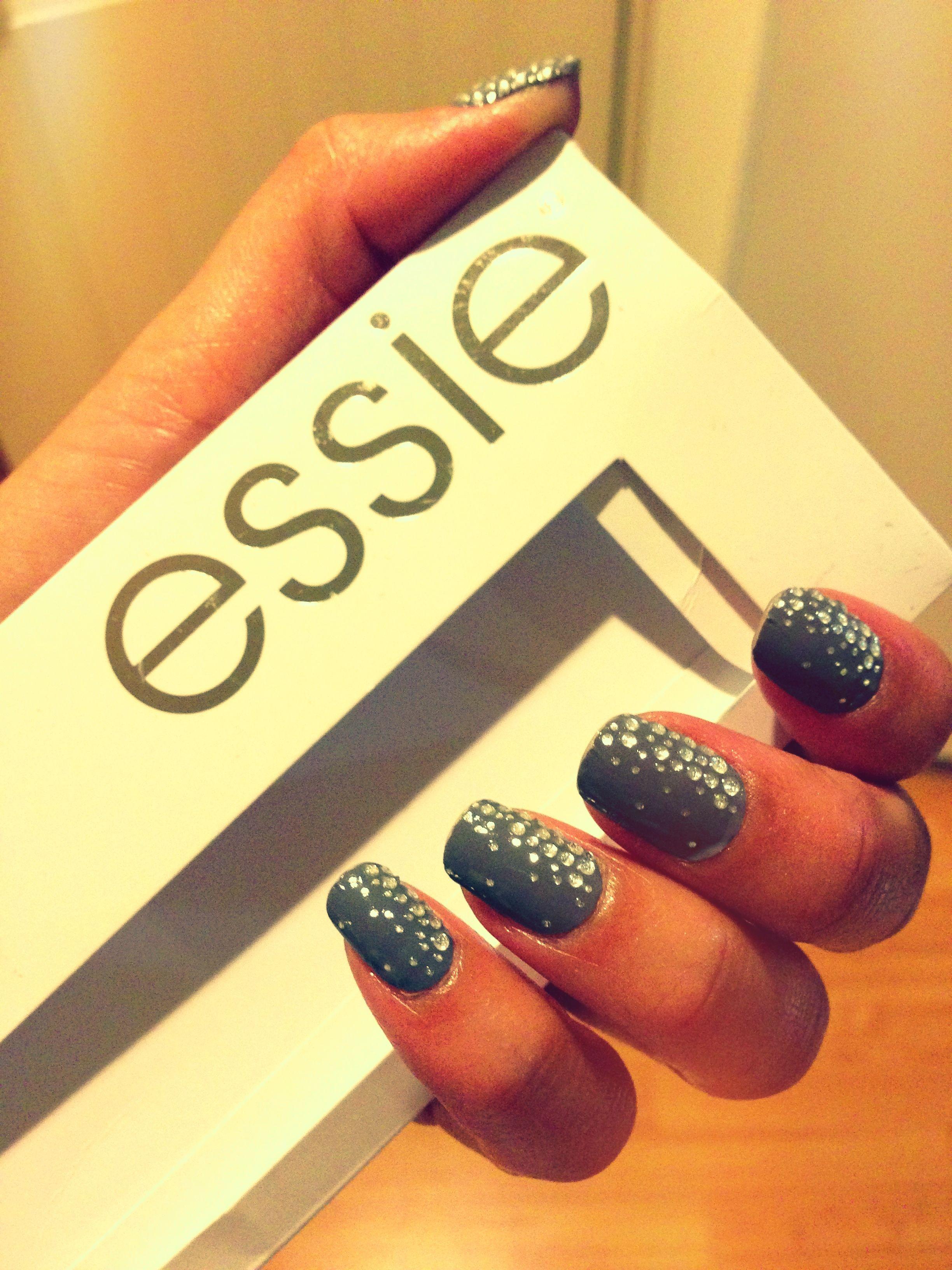 Essie nail strips