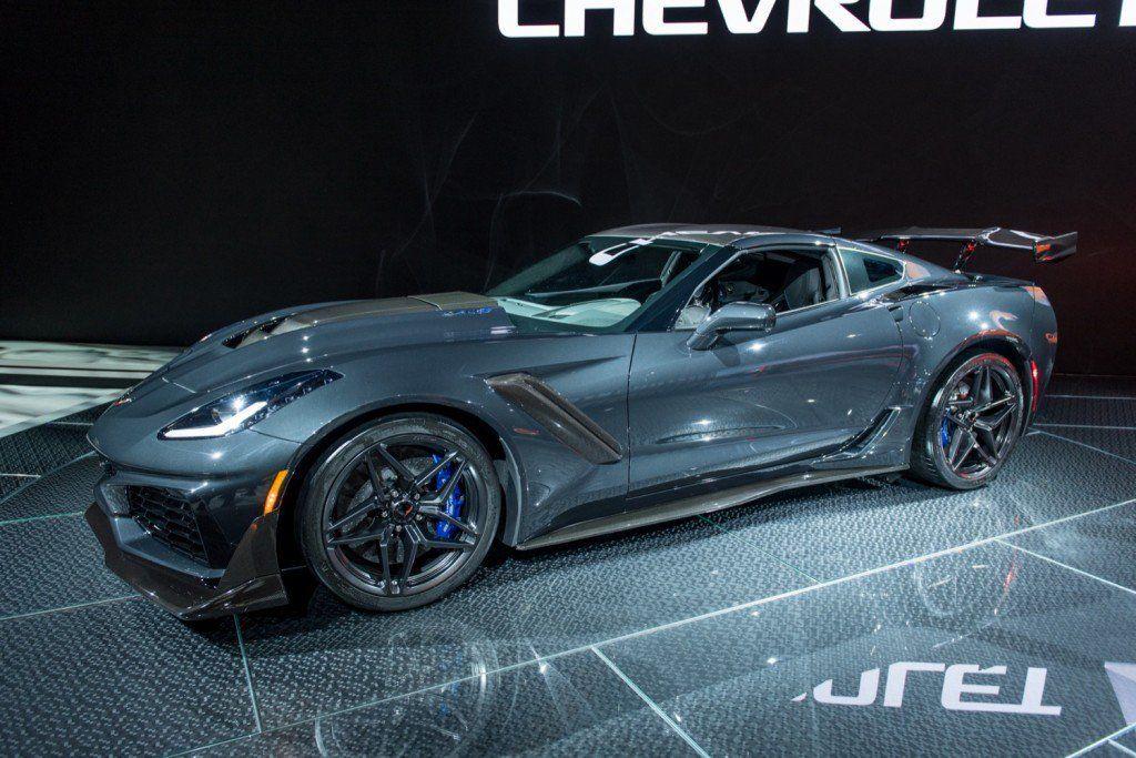 2019 Chevrolet Corvette Zr1 Coupe Exterior At 2017 Los Angeles Auto Show 002 Corvette Zr1 Corvette Chevy Corvette