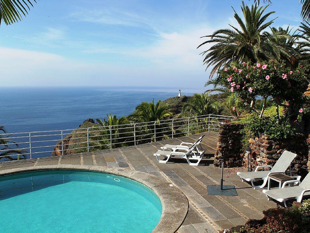 £1065 Madeira Villa Da Falésia   Stunning Cliff Top Villa With Private Pool  And Panoramic