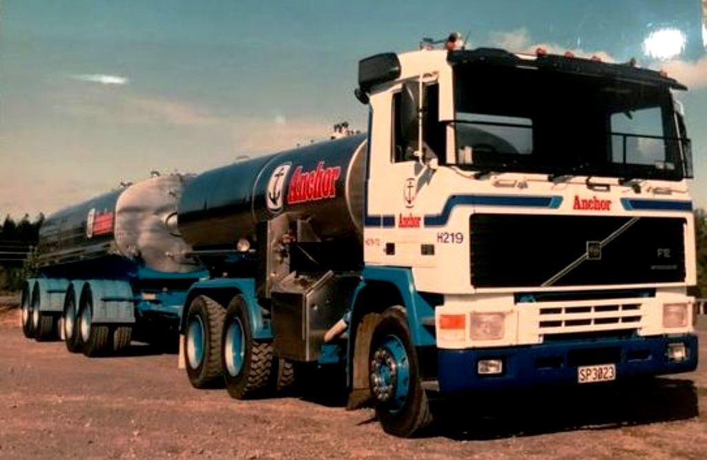 Volvo F7 Truck Trailer Milk Tanker In N Z Volvo Volvo