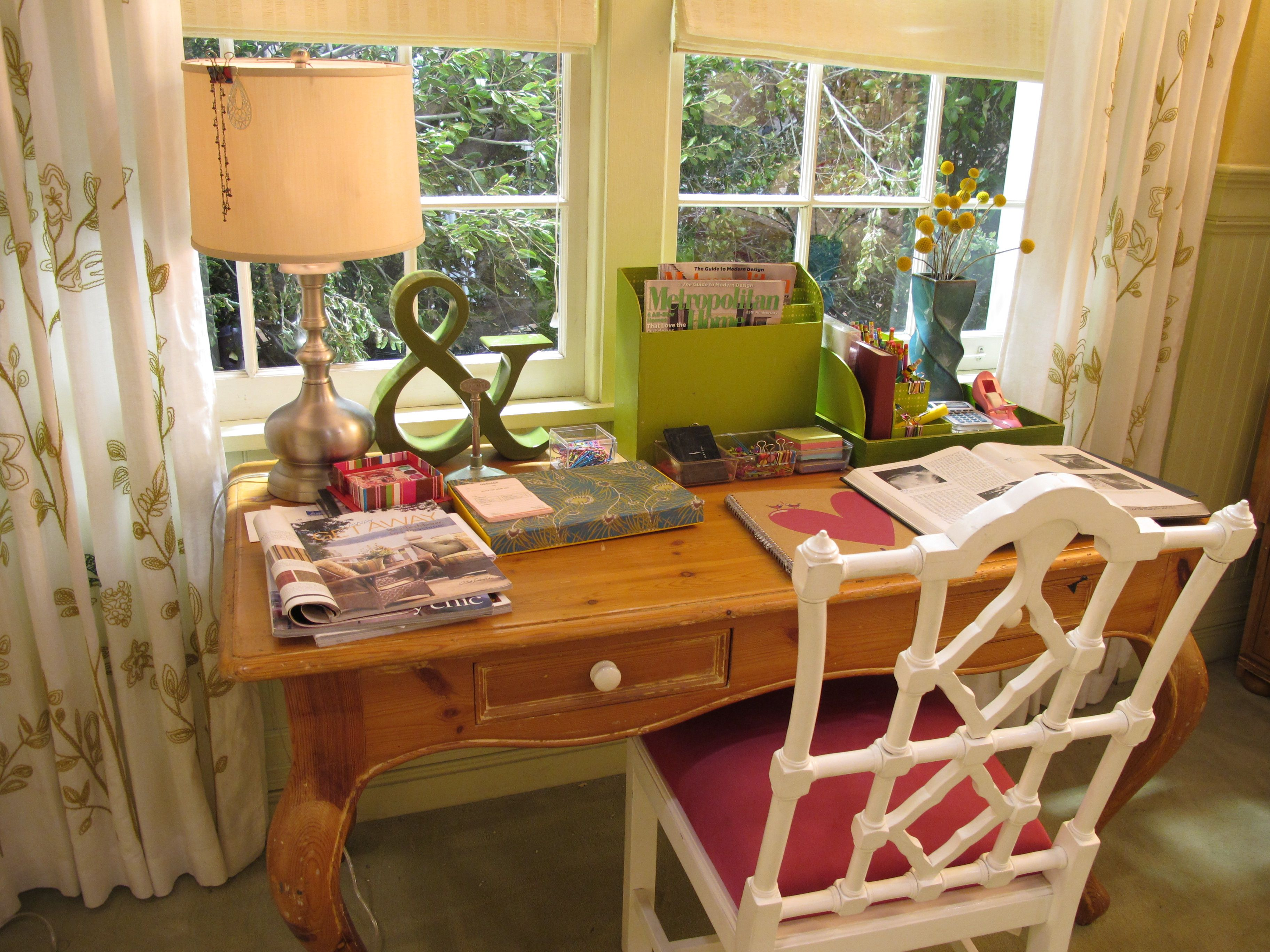 What A Fun Desk! The Ampersand Is So Cute And The White