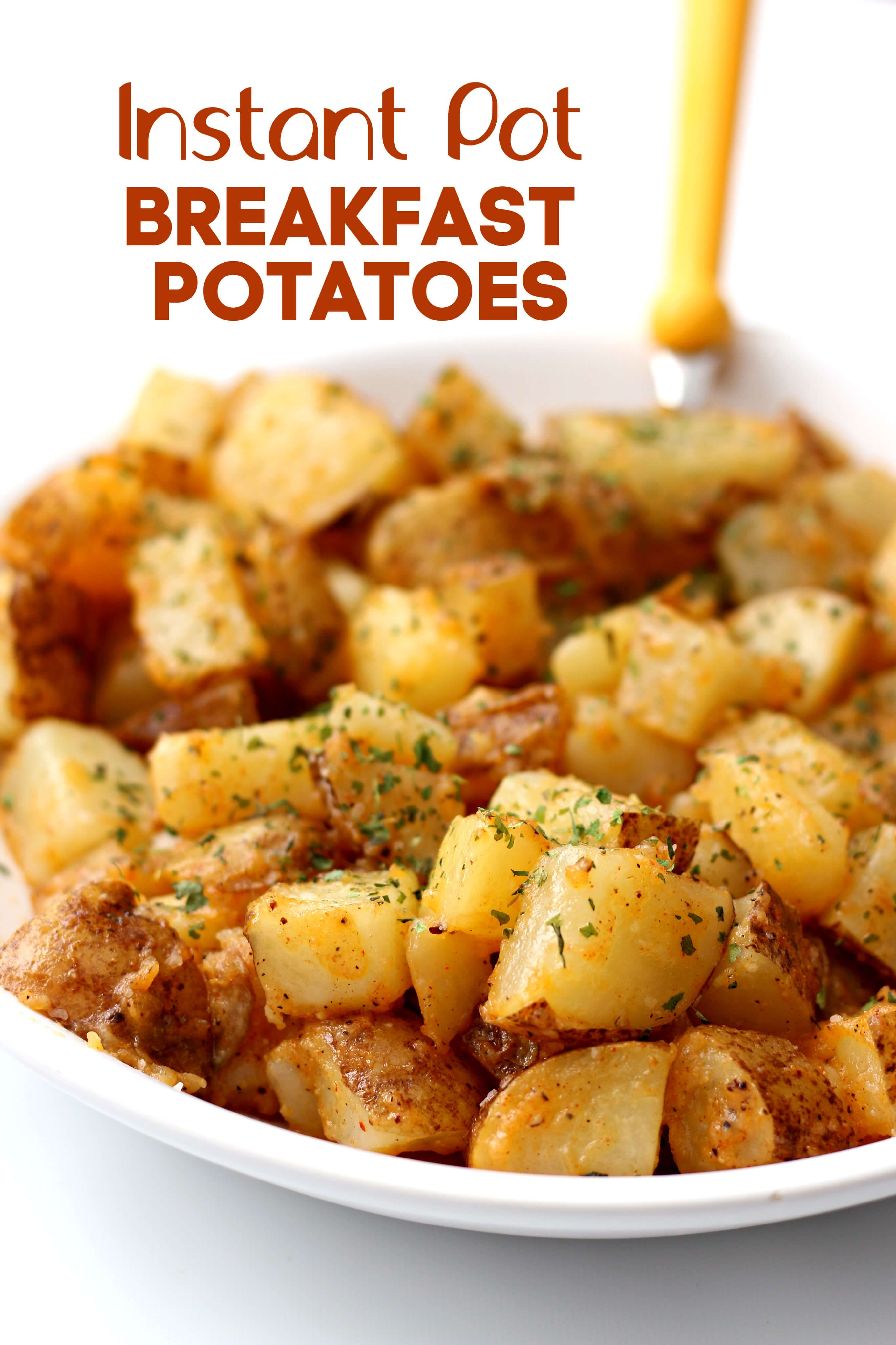 Instant Pot Breakfast Potatoes–-seasoned, buttery, cubed potatoes that are perfect to go with a hearty breakfast or when making breakfast for dinner. #instantpot