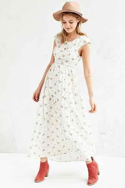 Kimchi Blue Baby Bud Cap Sleeve Maxi Dress Urban Dresses Maxi Dress With Sleeves Dresses