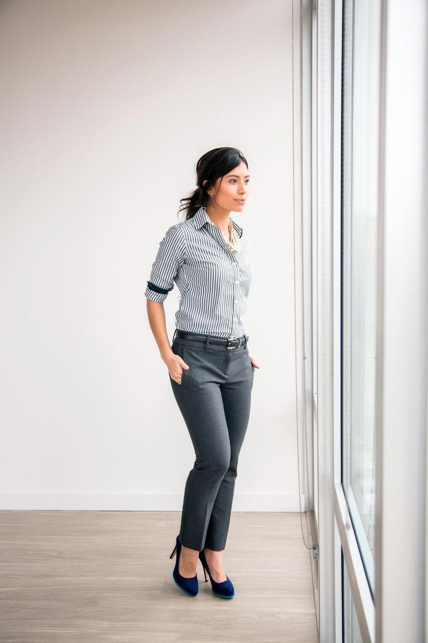 fb66734ce2a Business attire women -20 Work Outfits - Decoding Women Business Casual   WomensFashionIdeas