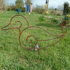 Monsieur canard en fer forgé pour décoration de jardin   Round rod ...