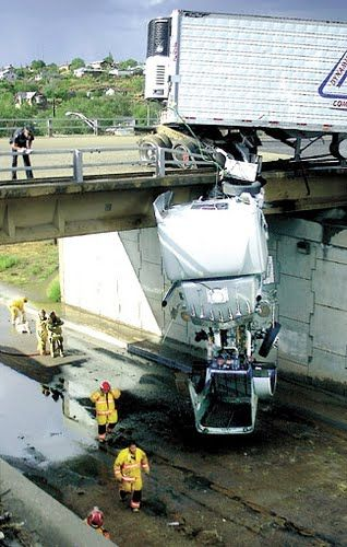 Amaze Pics Vids World S Worst Truck Accidents Photo