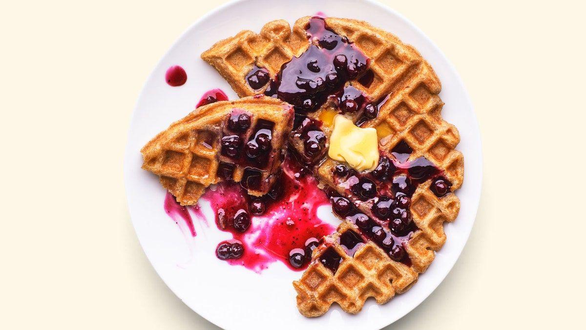 Whole Wheat Oat Waffles Recipe Recipe In 2020 Waffle Recipes Sugar Free Waffles Waffles