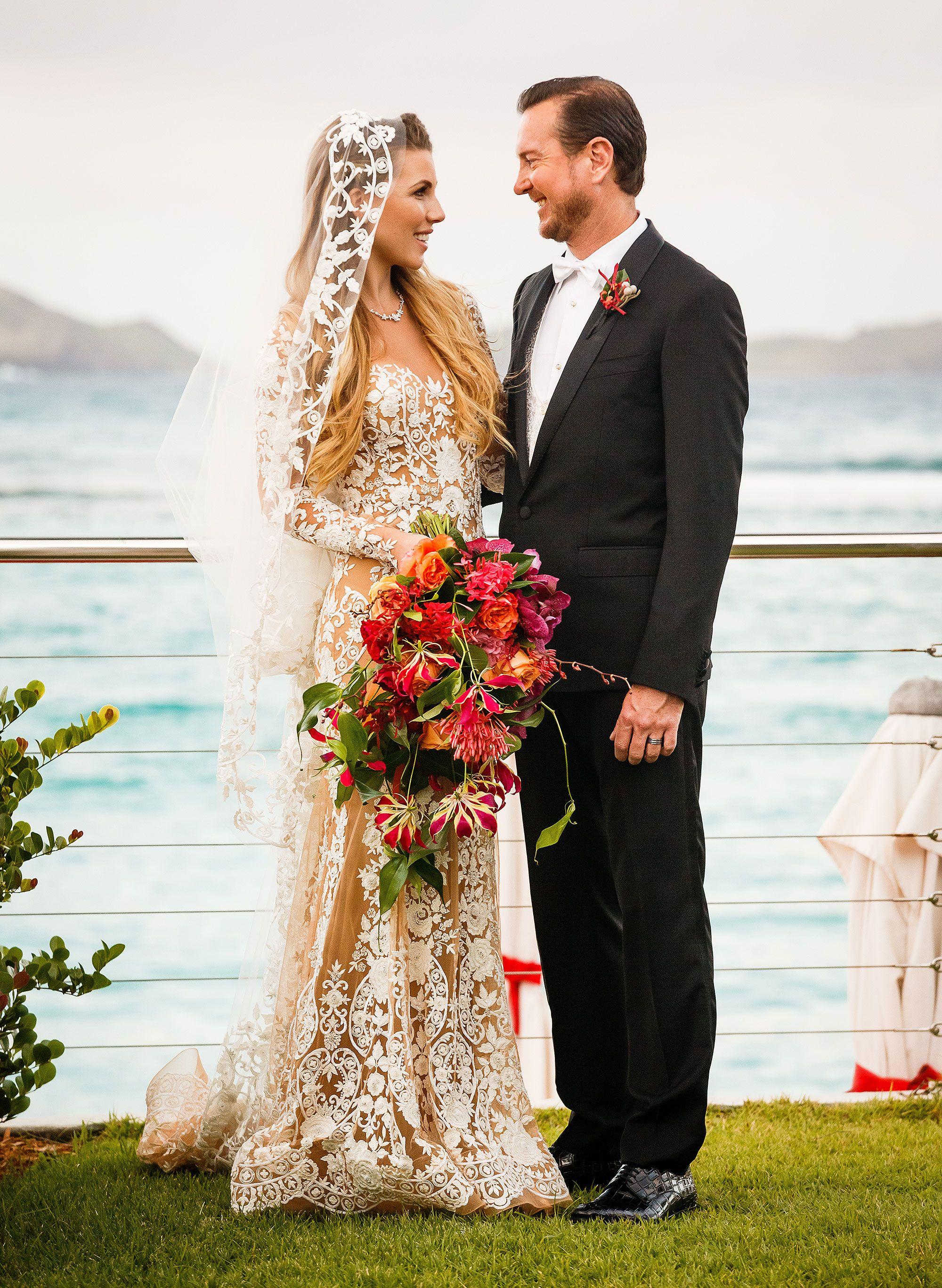 samantha busch wedding dress