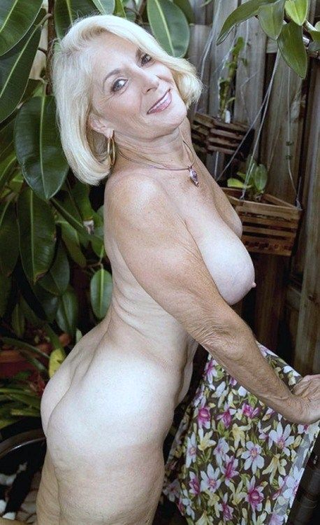 Grannysex Stories And Videos 23